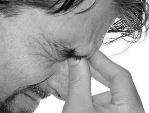 10 Причин головной боли в области лба — к какому врачу обратиться?