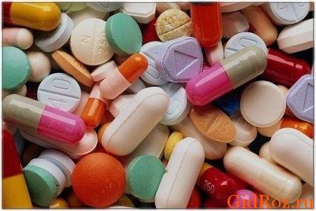 Часто выделение пота связано с повышенной возбудимостью нервной системы, поэтому успокоительные препараты просто необходимы!