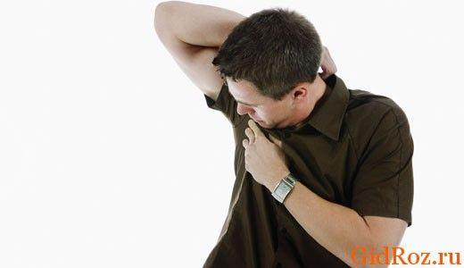 Пот здорового человека не должен иметь запаха, причиной аромата - бактерии, которые живут на коже!