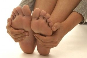 Как правильно лечить мозоли на ногах