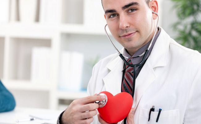 Кардиолог – врач, занимающийся диагностикой, предупреждением и лечением сердечно-сосудистых заболеваний