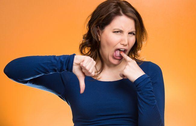 Кислый, соленый, горький: о чем расскажет привкус во рту?