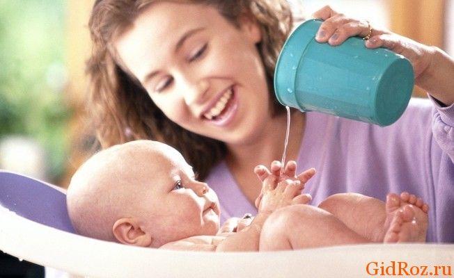 Лечим новорожденного от потницы