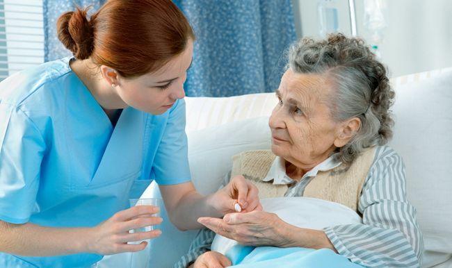 Медицинская сестра - важный помощник врача