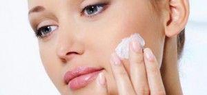 Медикаментозное и народное лечение розовых угрей на коже