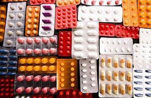 Медикаментозные методы лечения экземы на руках и способы народной медицины