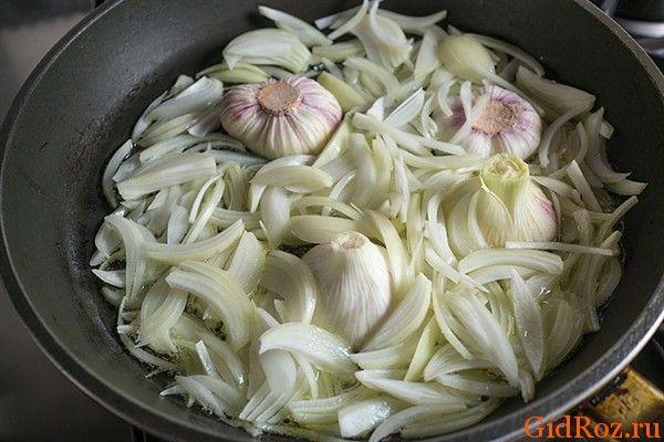 Часто запах - следствие того, что мы едим! Острые и пряные блюда оставляют аромат и после себя!