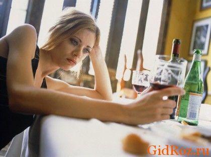 Чрезмерное употребление спиртных напитков всегда пагубно, и потение - только один из неприглядных моментов!