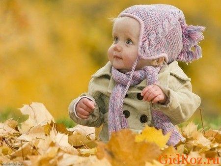 В одежде малыш должен чувствовать себя комфортно! Не кутайте его чрезмерно. чтобы не перегревать!