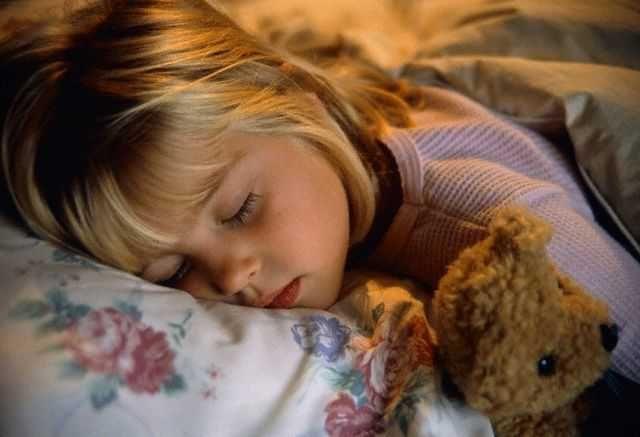 Причины скрипа зубов во сне у ребенка и взрослого
