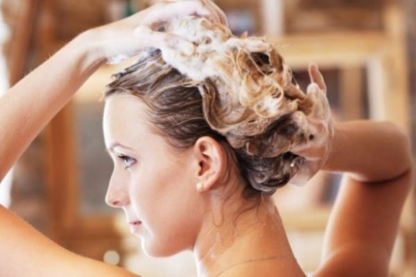 Уход за волосами при псориазе головы