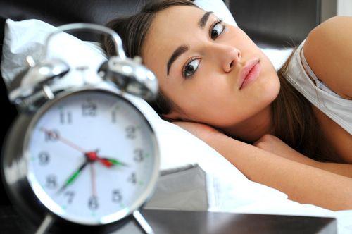 Спрей с мелатонином, распыляемый на кожу, скоро заменит снотворное