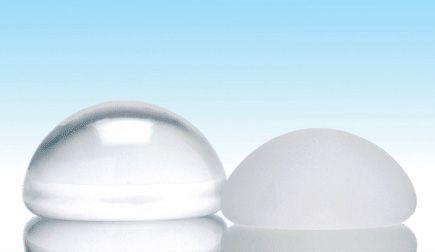 Увеличение груди круглыми имплантами
