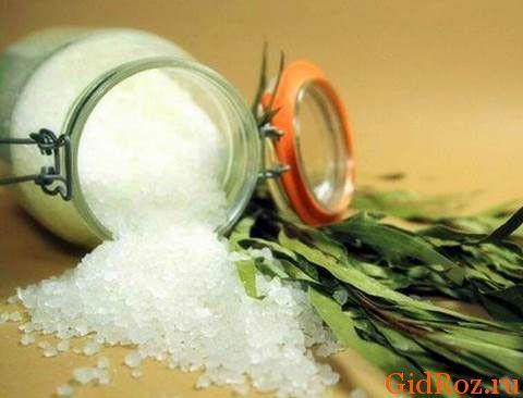 Соль и травы - отличное сочетание от пота!