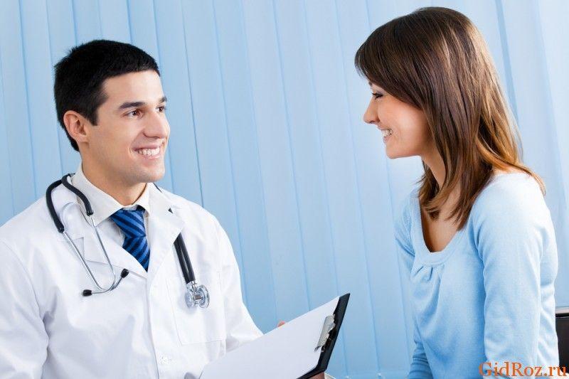 Врачи, которые лечат гипергидроз