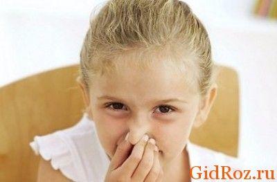 Пот ребенка, как правило, не имеет запаха! Поэтому заметив изменения, стоит обратится к специалисту!